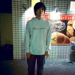 """モデルプレス - King Gnu井口理、""""ヒゲなし""""姿公開に反響「かっこいい」「若返ってる」"""