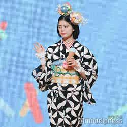 紺野彩夏(C)モデルプレス: