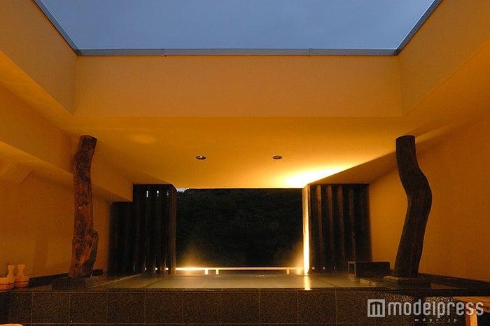 天空露天風呂「月見の湯/画像提供:箱根水明荘