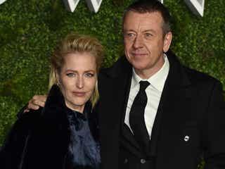 助演女優賞に輝いたジリアン・アンダーソン、『ザ・クラウン』を手掛けた元恋人に感謝