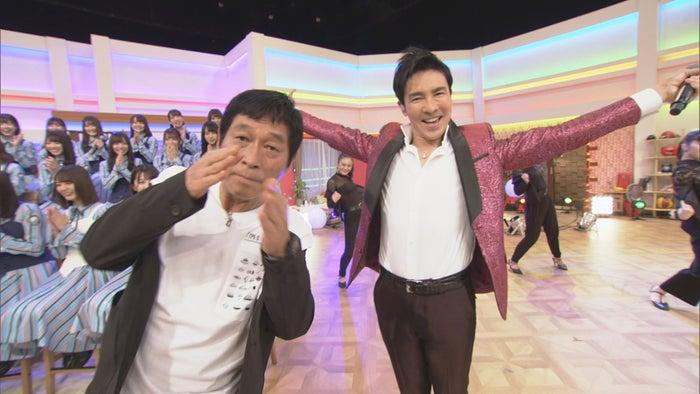 明石家さんま、郷ひろみ(C)NHK