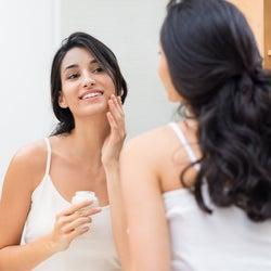 洗顔のタイミングはいつがベスト?肌に負担をかけない洗い方