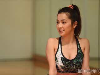中村アン、鍛え上げた美ボディ披露 くびれ&ラインに注目