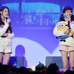 三吉彩花&松井愛莉「フラれた」過去告白でファン騒然 部屋着×ツインテで女子だけの恋バナ
