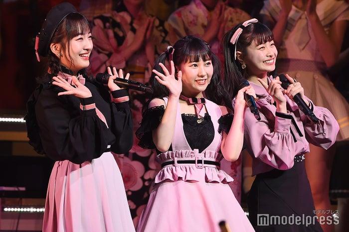 田島芽瑠、田中美久、松岡はな「AKB48グループリクエストアワー セットリストベスト100 2019」 (C)モデルプレス
