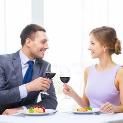 食事デートでのキュン行動4つ 3割増しに可愛い~!