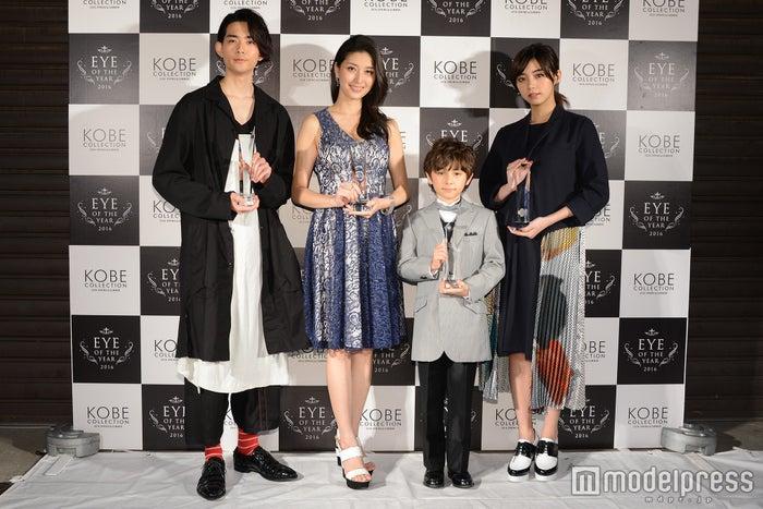 (左から)竜星涼、橋本マナミ、ケイン・デニス、池田エライザ(C)モデルプレス<br>