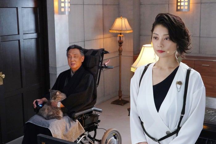 梅沢富美男・小池栄子/「ゼロ 一獲千金ゲーム」第5話より(C)日本テレビ