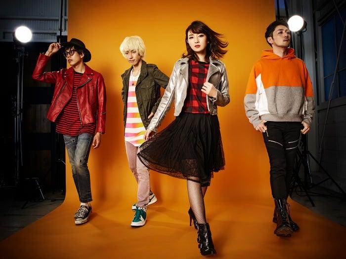 元NMB48岸野里香(右から2番目)がバンド結成&メジャーデビュー(提供写真)