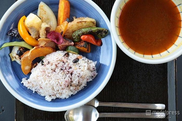 「北鎌倉 ぬふ・いち」のスパイシーなスープカレー