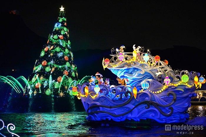 ディズニーシーのクリスマス(C)Disney