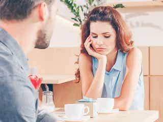 男性が「恥ずかしいからやめて!」と思う女子の会話とは?