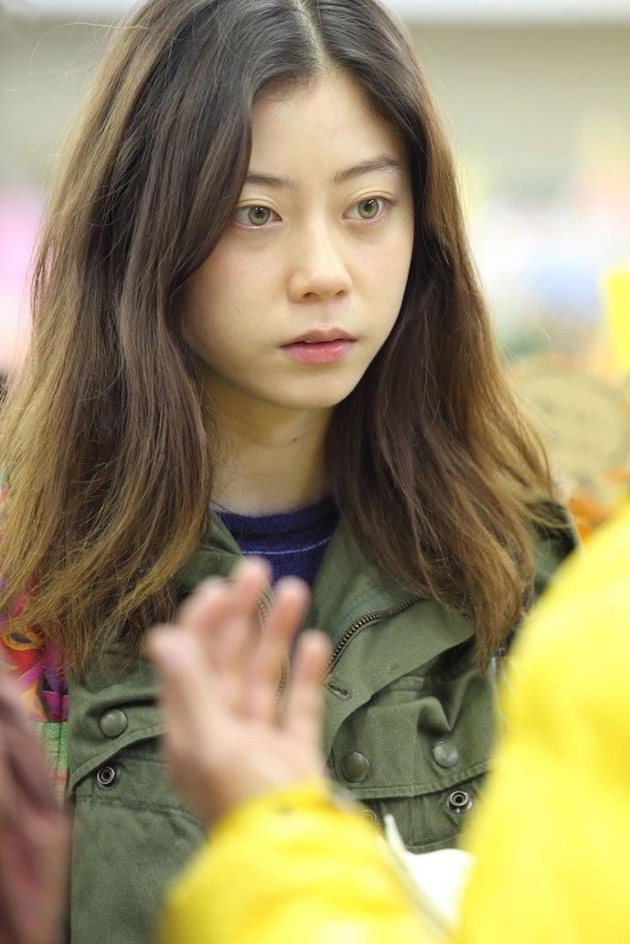 Chara&浅野忠信の長女SUMIRE、映画デビュー決定 演技初挑戦でヒロインに(C)「サラバ静寂」製作委員会