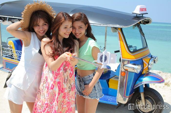 """沖縄で""""トゥクトゥク""""ドライブが新トレンド!普通免許で女子でも簡単/画像提供:沖縄トゥクトゥク"""
