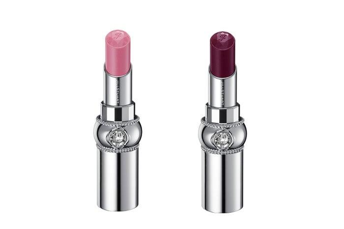 (左から)「ルージュ リップブロッサム301 sweet lotus(グロウトップコート)」<限定色>「同302 black baccarat(グロウトップコート)」<限定色> (C)JILL STUART Beauty
