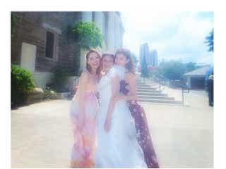 大石参月ハワイ挙式に藤井リナ、宮城舞ら「ViVi」メンバー集結 華やか3ショットに反響