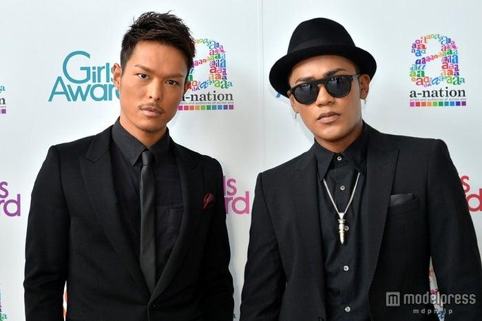 モデルプレスのインタビューに応じた三代目J Soul Brothersの今市隆二(左)とELLY(右)