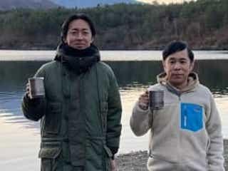 岡村隆史&矢部浩之が初の2人旅!矢部は、岡村妻の写真を「見せて」とおねだり