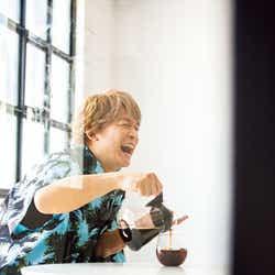 モデルプレス - 香取慎吾、草なぎ剛から影響を受けたこと「言われてからするようになった」