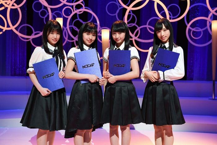 高等学校の部・課題曲「君が君に歌う歌」を朗読するAKB48のメンバー4人(C)AKS