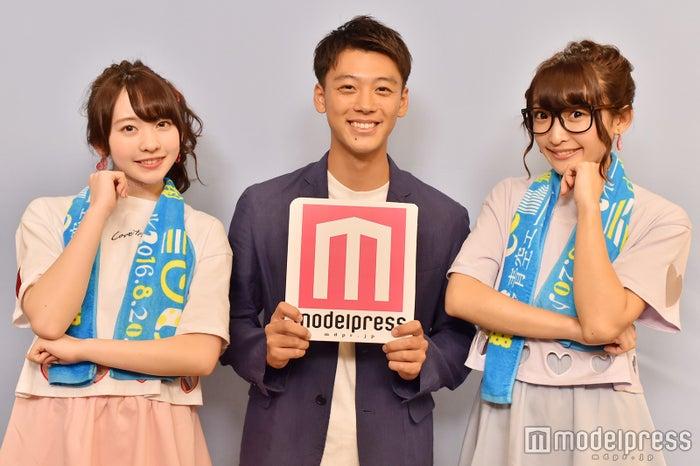 竹内涼真 with まこみな(C)モデルプレス