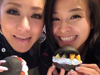 倖田來未、妹・misonoと2ショットで「大変な時こそ…」がん公表のNosukeにコメント