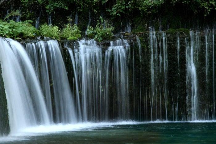 白糸の滝 (提供画像)