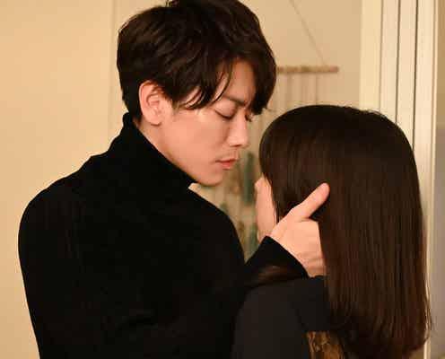 佐藤健「今夜は眠れると思うなよ?」激しめキスに視聴者興奮<恋はつづくよどこまでも>