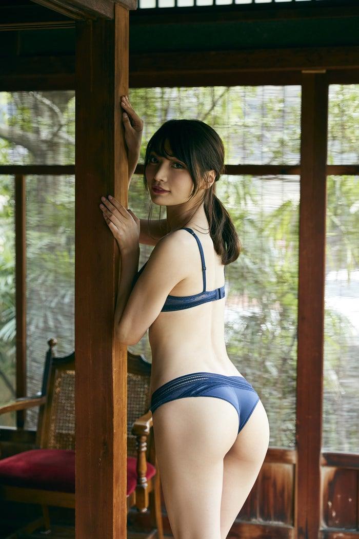 似鳥沙也加(C)三瓶康友/週刊プレイボーイ