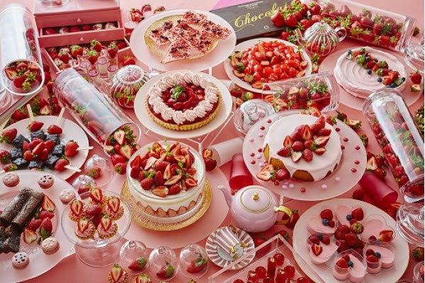 ストロベリースイーツブッフェ ~Berry Lovely Pink~/画像提供:京王プラザホテル