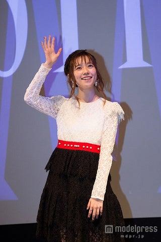AKB48島崎遥香、ヨーロッパデビュー フランス語披露で熱狂の渦に