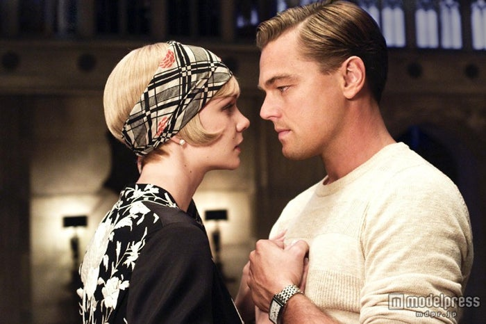 デイジーを演じたキャリー・マリガンと主人公のギャツビーを演じたレオナルド・ディカプリオ/(C)2013 Warner Bros. Entertainment Inc. All rights reserved.<br>
