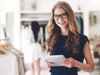 「将来のキャリアに不安を感じる」アパレル店員が実践したいキャリアアップ方法