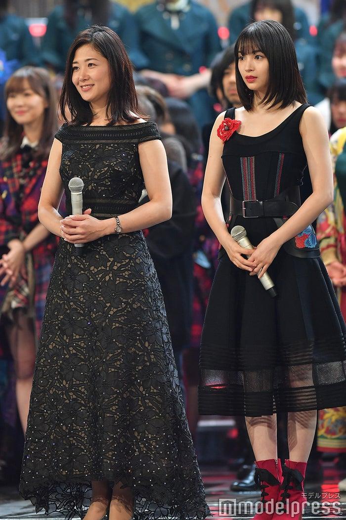 桑子真帆アナウンサー、広瀬すず (C)モデルプレス