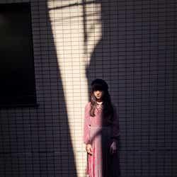 私服/伊藤万理華/画像提供:乃木坂46LLC