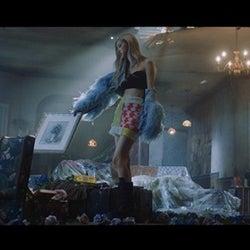 BLACKPINKロゼ、MV「GONE」公開後14時間で再生回数1000万回突破