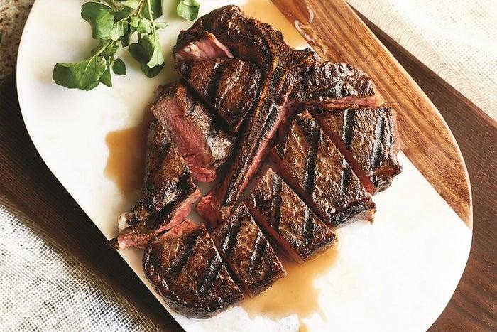 Morton's The Steakhouse/画像提供:三菱地所