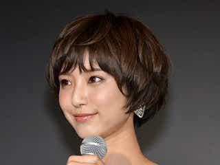 """モデルizu、イケメン俳優からの""""俺様強引キス""""回顧「恥ずかしくって…」"""