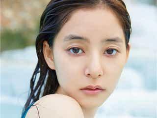 """新木優子、2nd写真集発表 """"1対1の親密な距離感""""テーマにイタリアで撮影<honey>"""