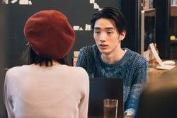 飯豊まりえ、清水尋也/「電影少女」第6話より(C)「電影少女2018」製作委員会