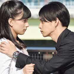 芳根京子、千葉雄大/「高嶺の花」第2話より(C)日本テレビ