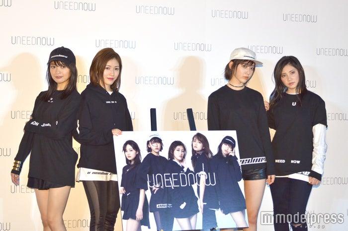 (左から)北原里英、渡辺麻友、宮脇咲良、北川綾巴 (C)モデルプレス