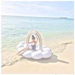 モデルプレス - 山本美月の美脚際立つ水着姿が眩しい「天女様」「破壊力がすごい」ファンから絶賛の声