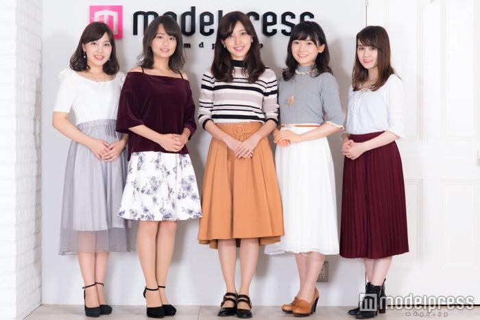 (左から)堀菜保子、篠原梨菜、皆本萌、南雲穂波、小田恵 (C)モデルプレス