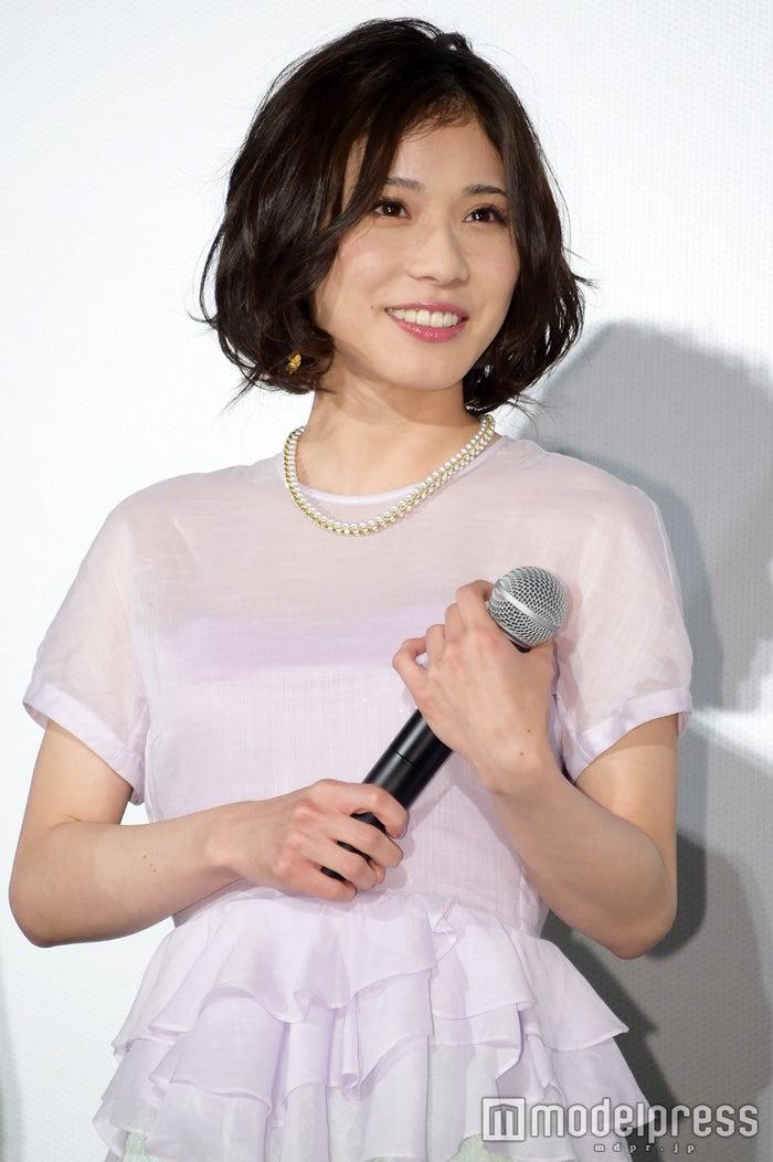 「ちはやふる-下の句-」初日舞台挨拶に出席した松岡茉優(C)モデルプレス
