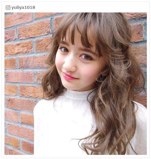 """""""1000年に1度の逸材""""再来?小学生モデル・木村ユリヤが可愛すぎる 大人顔負けのルックスに嵐・二宮和也も驚き/Instagramより"""