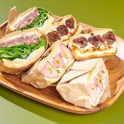 吉祥寺「モクモサンドイッチズ」ワインと楽しむ極厚サンドイッチ屋が誕生