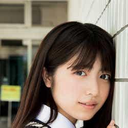 モデルプレス - 吉田莉桜、可憐な制服姿に釘付け