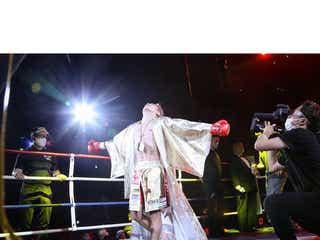 武尊が金色のYOSHIKIMONOを着てK-1入場!「めっちゃかっこいい」