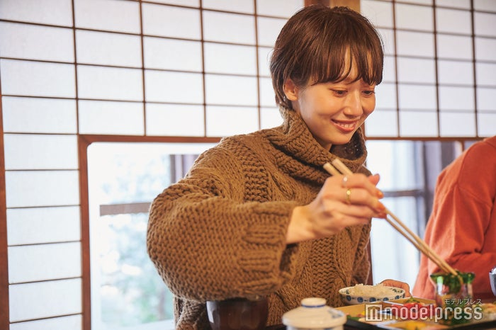 美味しい料理ばかりで、お箸が止まりません。(C)モデルプレス